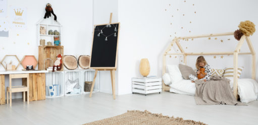 Pokój dziecięcy wstylu skandynawskim – najpiękniejsze meble idodatki