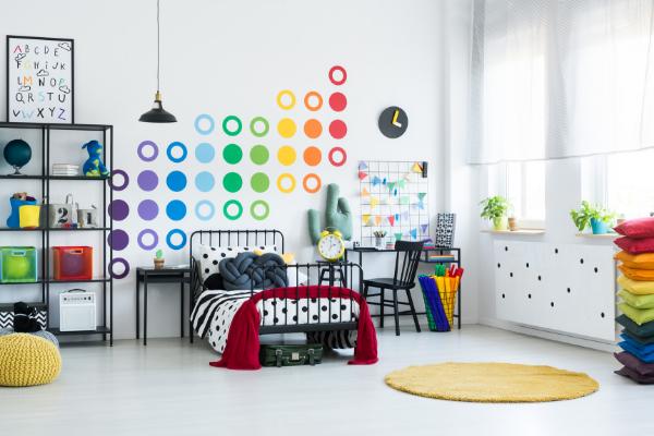 Jak rozweselić przestrzeń dziecięcą? Idealne aranżacje dla pełnych energii dzieci