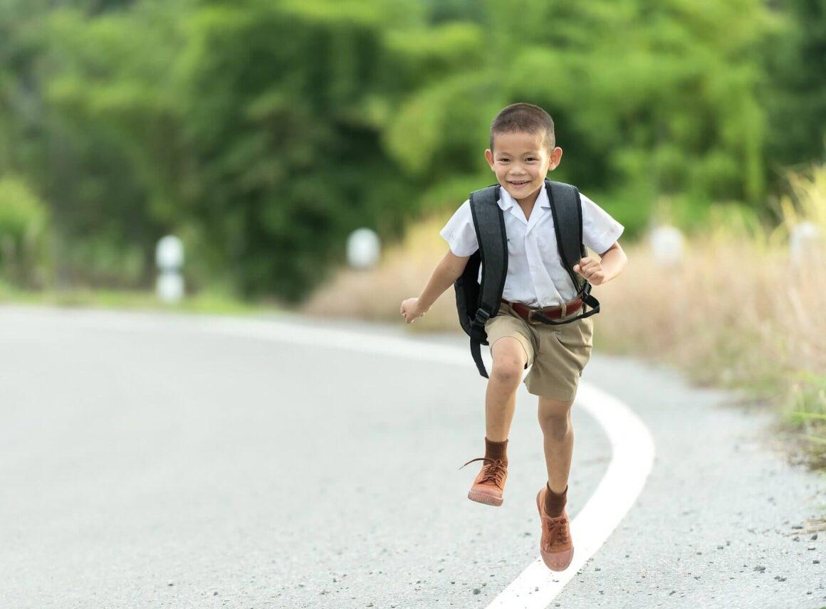 Rozmiar, model iwzór, czyli jak wybrać idealny plecak szkolny?