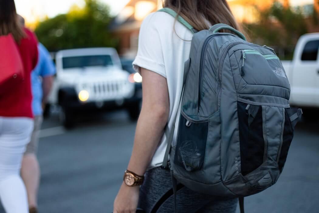 Jak przechowywać plecak szkolny ijak go czyścić, byposłużył naszemu dziecku kilka lat?