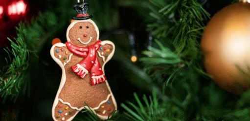 Drzewko świąteczne wpokoju dziecka – czym je udekorować?